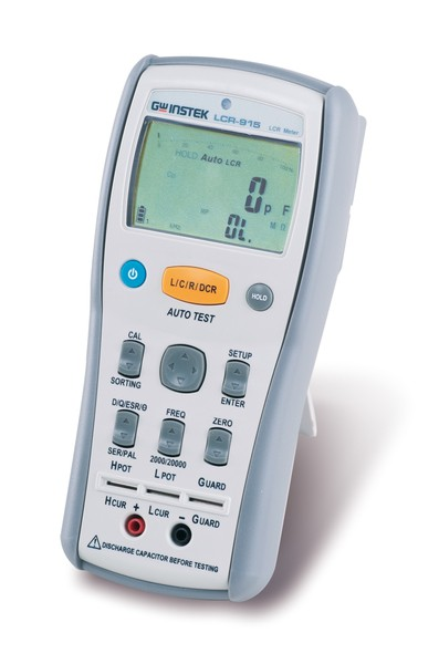 The LCR-915 is a smart, convenient and fully-functional dual display handheld LCR meter. The test frequency extends as high as 10 kHz, providing greater flexibility to test a wider range of components. The LCR-915 uses a dual 20,000/2000 count display. The 20000 count display is used for displaying primary parameters such as capacitance, inductance, reactance and resistance and a 2000 count display is for secondary parameters such as Q, D, θ,ESR and RP measurements. Secondary measurements can also be combined with the primary measurement while the primary measurement is still being taken.