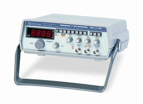 The GFG-8000 Series function generators deliver the most economic solution available for generating signals in the range of 0.2Hz ~ 2MHz. This series consists of the GFG-8020H and GFG-8015G.