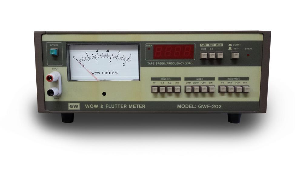 Input level from 5mV ~ 10Vrms  0.005% ~ 3% Measuring range  JIS, NAB, CCIR, DIN, Standard  Center Frequency 3kHz, 3.15kHz  Built-in digital counter